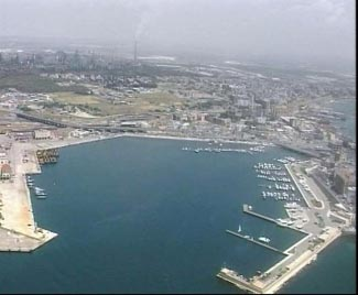 Il porto di Taranto