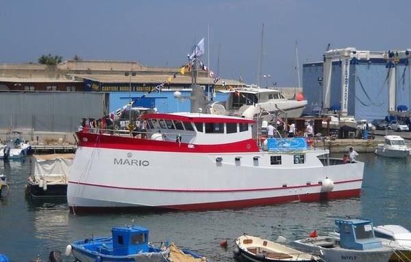 Monopolitanodoc mario il pimo motopesca versione for Barche al largo con cabine
