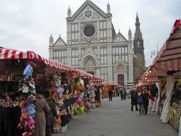 Mercatini Di Natale Firenze.A Firenze Il Mercatino Di Natale Tedesco In Viaggio Ansa It