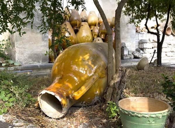 Grottaglie ceramica da vino in mostra cultura in for Anfora giardino