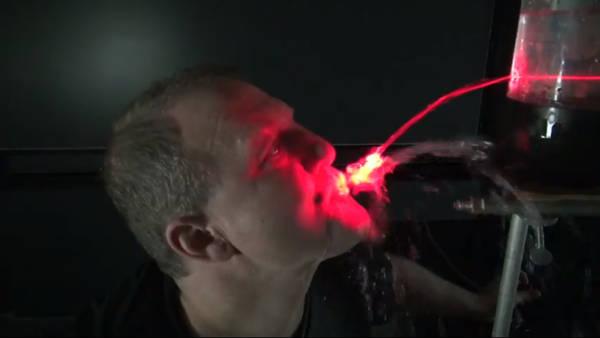 Un'immagine tratta dalla cerimonia degli Ig Nobel (fonte: Improbable Research)