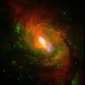 Astronomia: fotografato super-vento generato da un buco nero