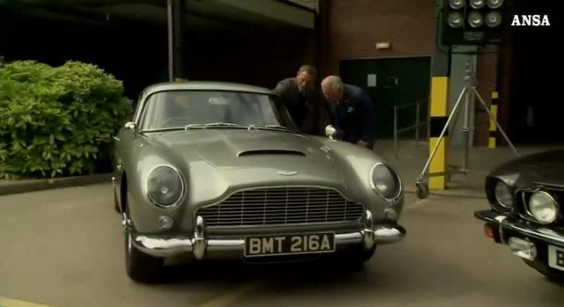 Il principe Carlo va a trovare l'agente segreto 007 © ANSA