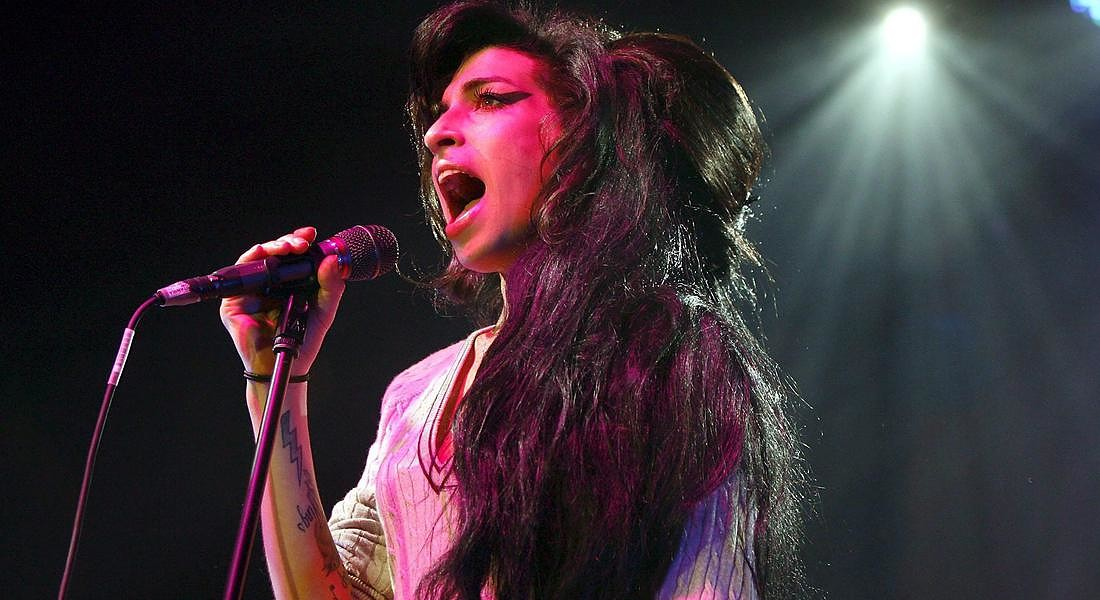 2nd Amy Winehouse Inquest Confirms Alcohol Poisoning [ARCHIVE MATERIAL 20071025 ] © ANSA