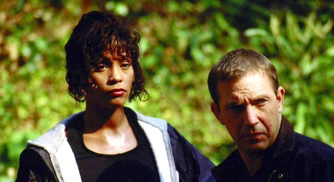 WHITNEY HOUSTON con Kevin Costner in The Bodyguard © ANSA