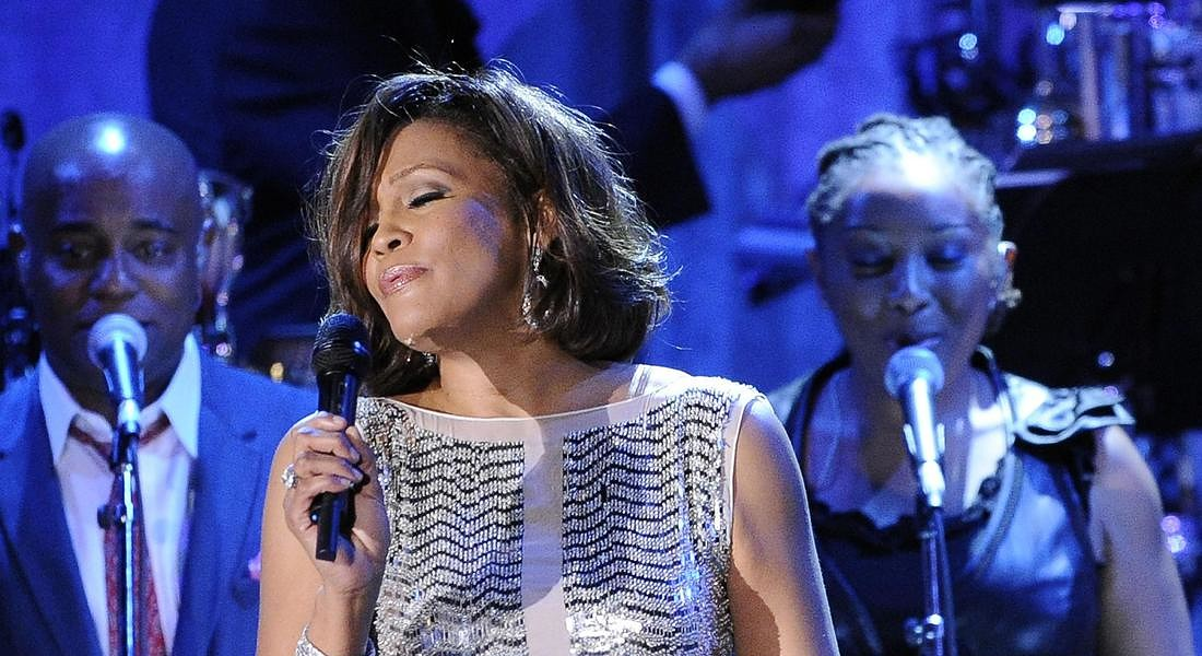 Feb. 13, 2011 file photo, singer Whitney Houston performs at the pre-Grammy gala & salute to industry icons with Clive Davis honoring David Geffen in Beverly Hills, Calif. © AP