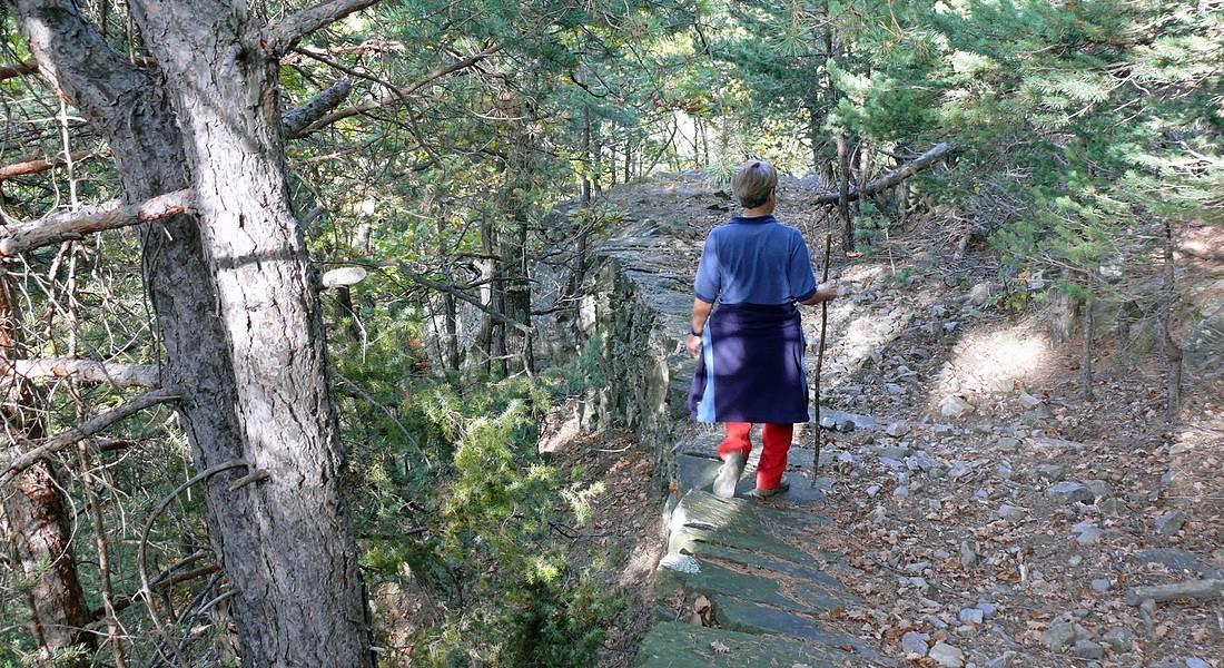 Sentiero ALbarea, uno dei trekking organizzati da Santieri Resistenti collegando i luoghi memoria della Resistenza in Piemonte © Ansa