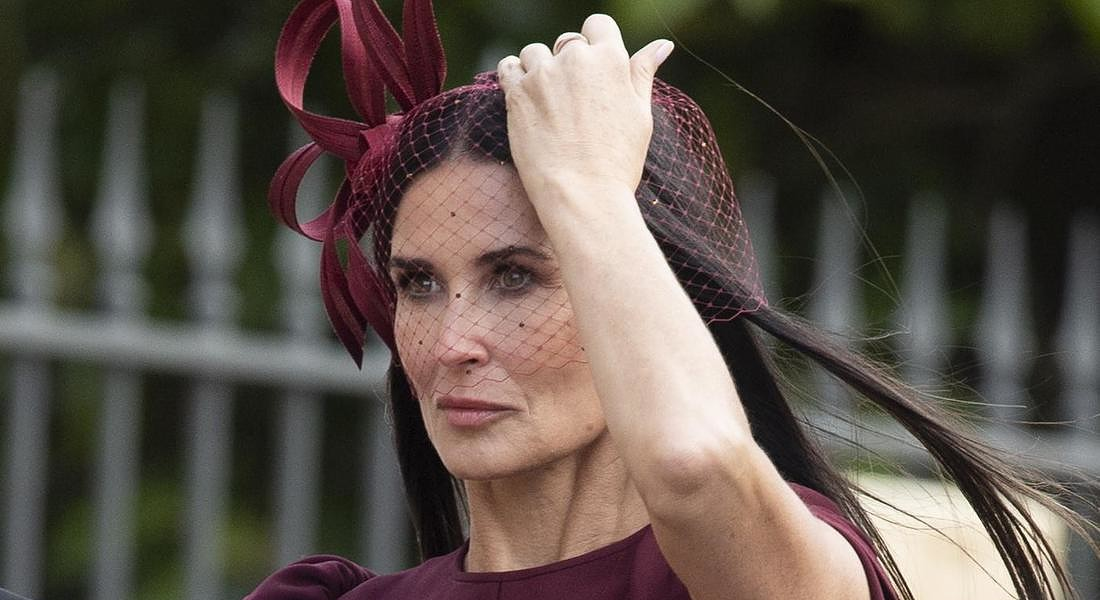 A Windsor si sono sposati la principessa Eugenie e  Jack Brooksbank. Nella foto l'attrice Demi Moore © EPA
