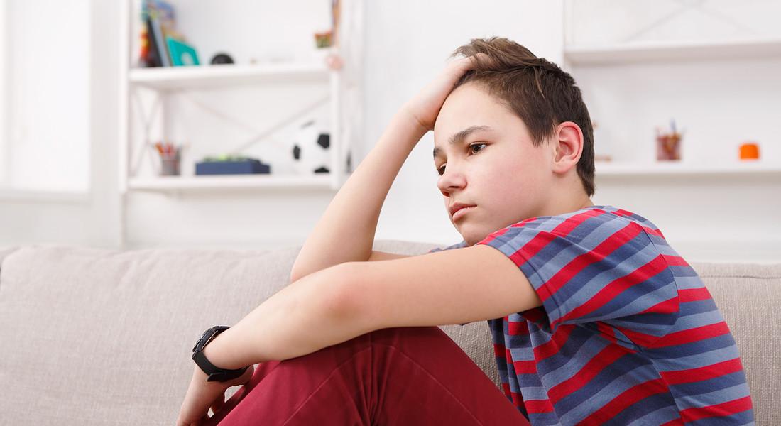 Adolescente in casa foto Milkos iStock. © Ansa
