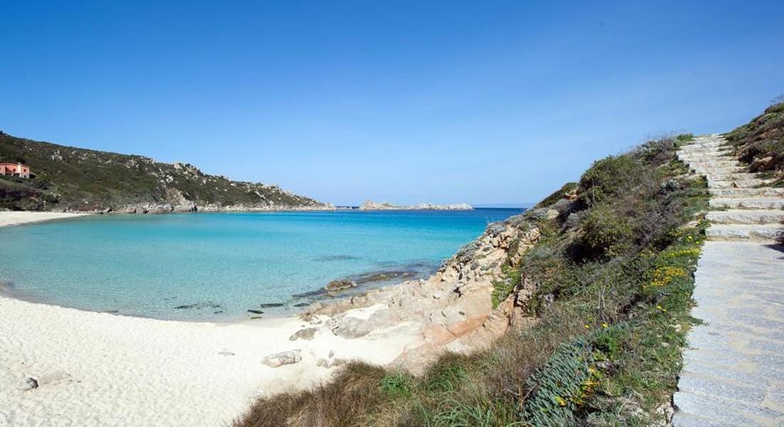 Sardegna top nella guida 'Il mare più bello',5 vele a 5 siti © ANSA