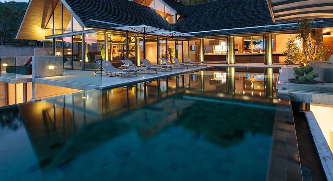 Villa Saengootsa dove ha trascorso vacanze la pop star Rihanna. Si trova a Phuket, Thailandia (credit HomeAway) © Ansa