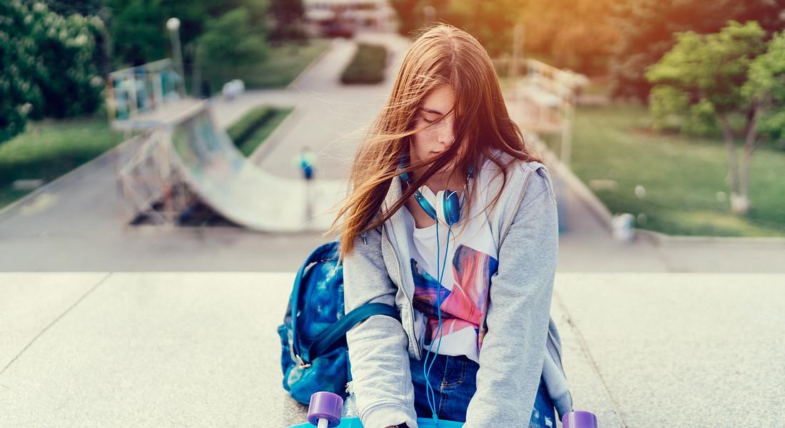 Adolescente connessa, foto iStock. © Ansa