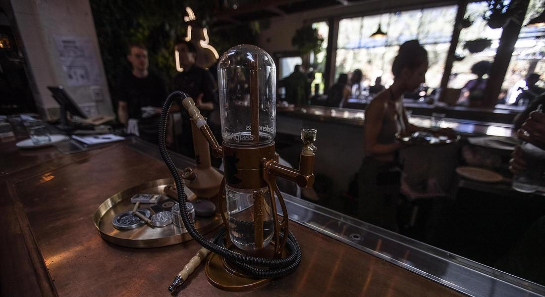 First Cannabis Cafe in the US opens in Los Angeles © EPA
