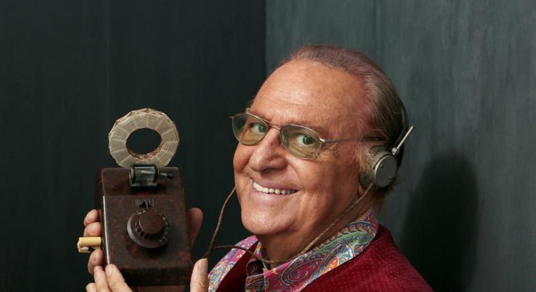 Renzo Arbore collezionista di radio © ANSA
