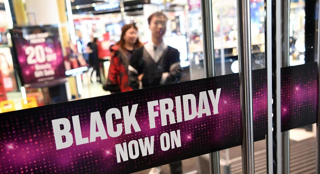 Black Friday Sales in London © EPA