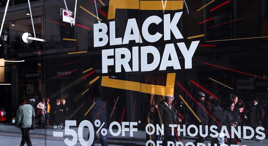Black Friday sales preparations in Madrid © EPA