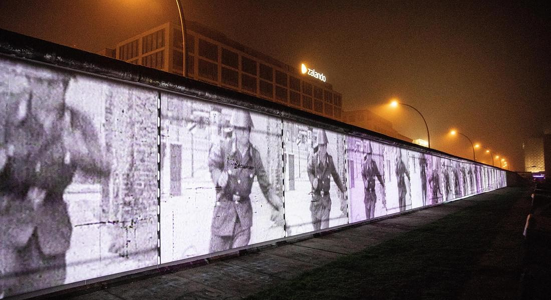 Celebration for 30th anniversary of fall of Berlin Wall preparations © EPA