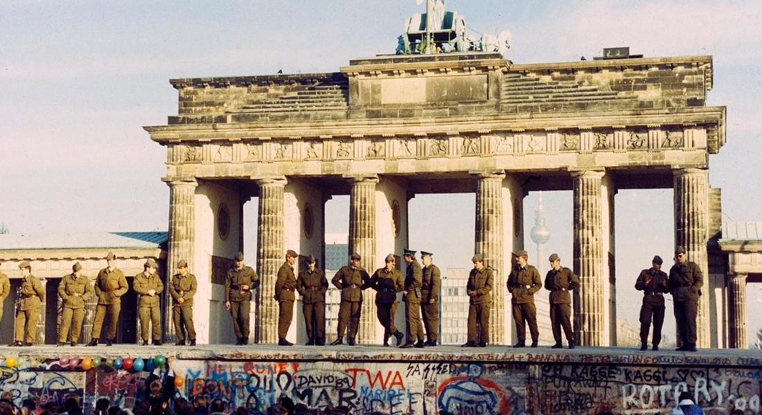 QUELLA NOTTE A BERLINO IN CUI FIN UN MONDO © EPA