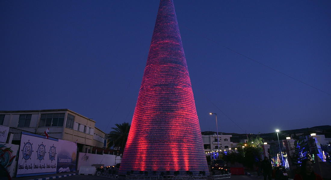 Christmas tree made of plastic bottles in Lebanon © EPA