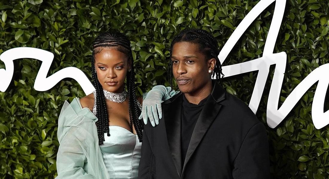 Barbadian singer Rihanna (L) and US rapper ASAP Rocky (R) arrive for The Fashion Awards  at the Royal Albert Hall in Central London © EPA