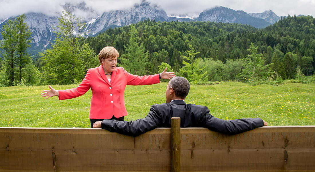 German Chancellor Merkel, US President Obama during G7 - 2015 © EPA