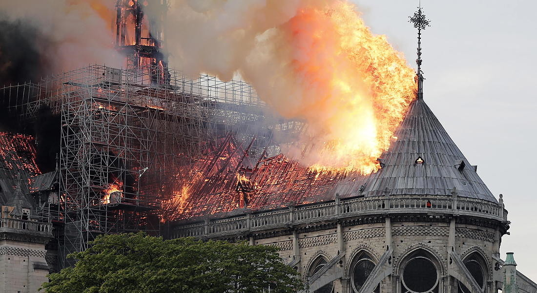 Cathedral of Notre-Dame of Paris on fire - 2019 © EPA