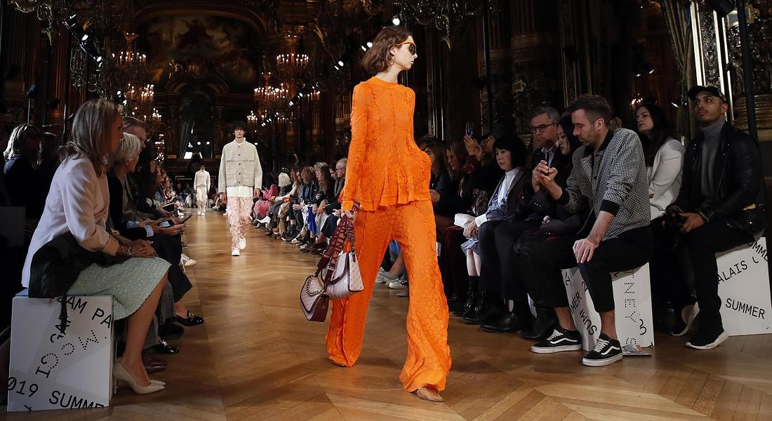 Paris Fashion 2018 Stella McCartney . Sustainable luxury fashion‎ © AP