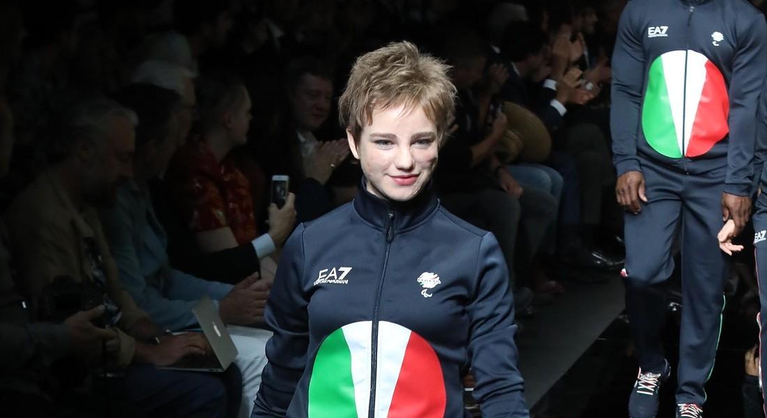 e846b84325 Armani veste l'Italia alle Olimpiadi, in passerella Zanardi e Bebe ...