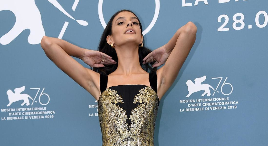 76th Venice International Film Festival Brazilian actress Laysla De Oliveira poses at a photocall for 'Guest of Honor' © ANSA