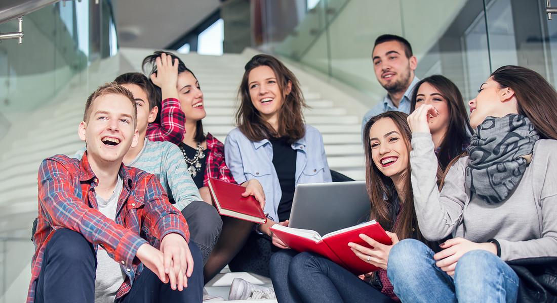 Studenti al liceo foto iStock. © Ansa