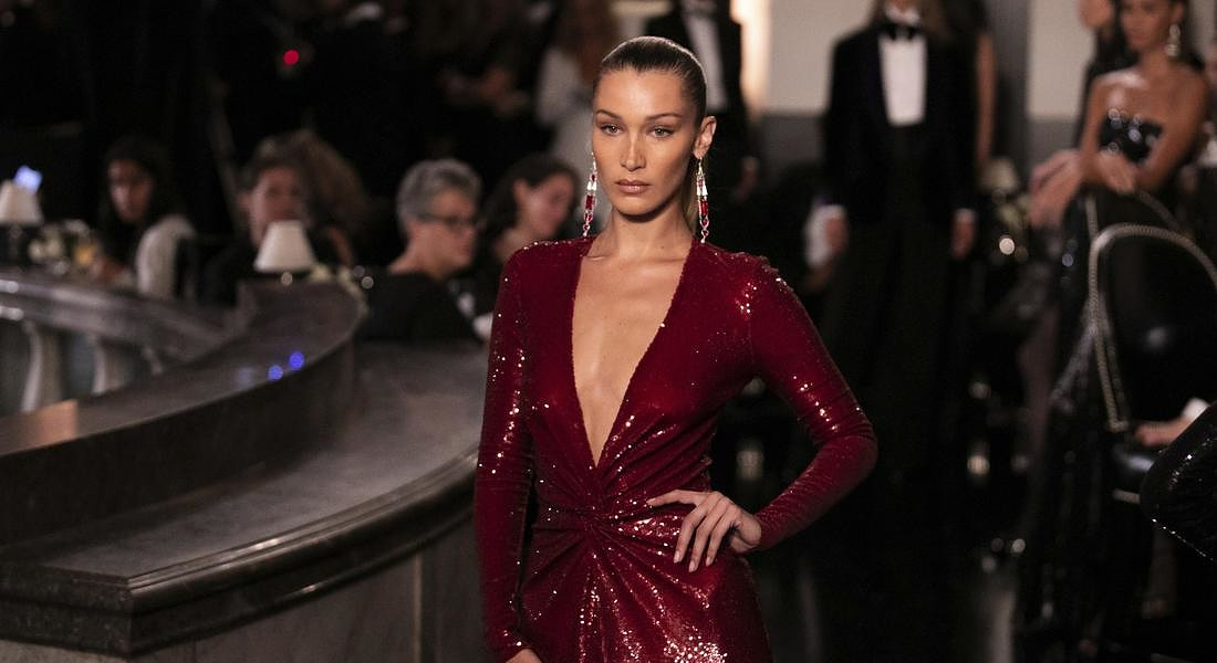 Bella Hadid models the Ralph Lauren collection during Fashion Week © AP