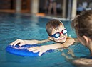 Lezioni di nuoto per bambini. foto Imgorthand iStock. (ANSA)