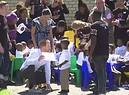 Harry e Meghan a Cape Town e la duchessa accenna un passo di danza (ANSA)
