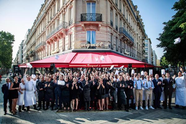 A Parigi riapre il ristorante Fouquet's