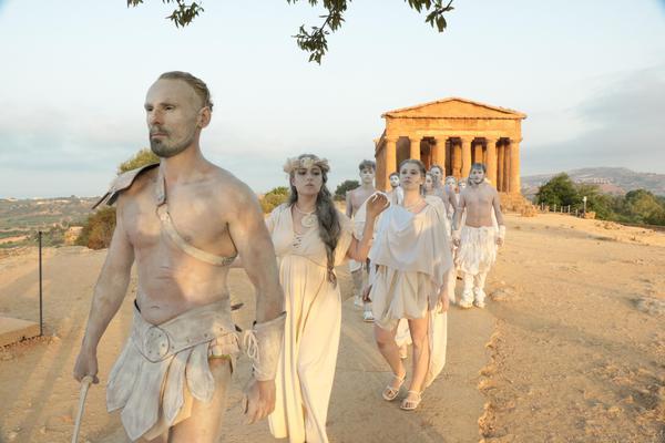 All'alba nella Valle dei Templi tra dei ed eroi