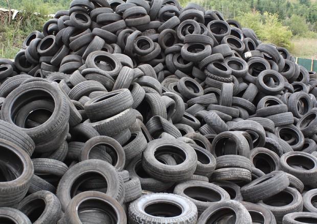 Famoso Pneumatici usati, in Europa 92,2% va a riciclo o ricostruito QG22