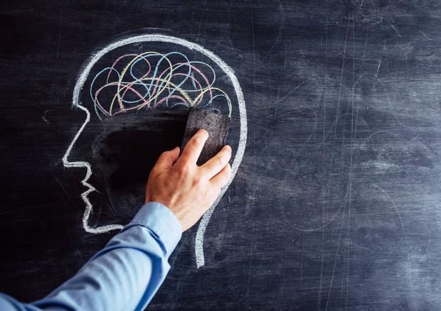 linizio di Alzheimer