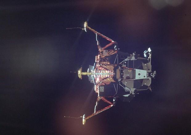 Il 20 luglio 1969 alle 22.17, 50 anni fa, il Lem sulla superficie lunare © AP