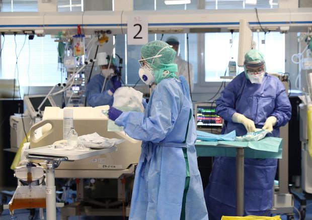 La terapia intensiva a Brescia. Foto Filippo Venezia © ANSA