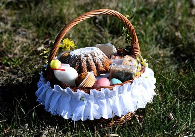 Tavole piccole per il pranzo di Pasqua - In breve - ANSA.it