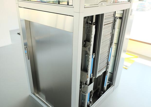 La prima installazione al mondo di un ascensore a levitazione magnetica (fonte: Ironlev) © Ansa
