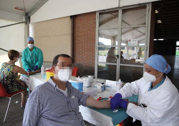 Coronavirus: calano i contagi, aumentano morti © ANSA