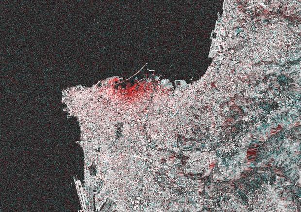 I danni dell'esplosione a Beirut ripresi dal satellite Sentinel-1 (fonte: ESA, elaborazione di e-GEOS) © Ansa