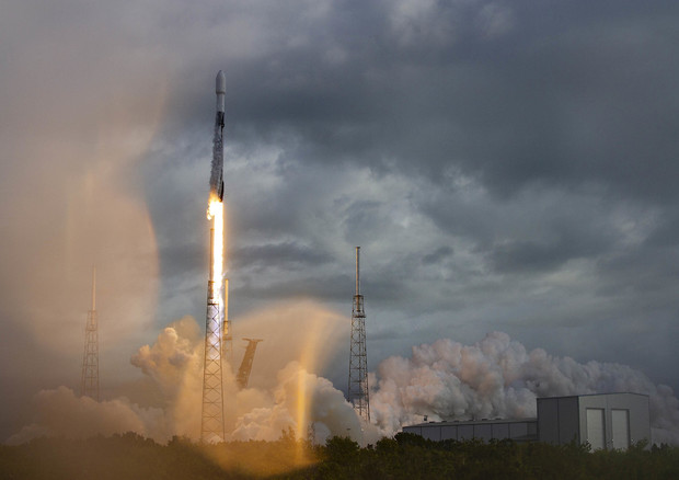 Il lancio record di Space X dalla base di Cape Canaveral (fonte: SpaceX) © Ansa