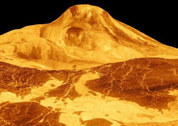 Ricostruzione di uno dei vulcani di Venere, il monte Maat, basata sulle immagini radar ottenute negli anni '90 dalla sonda Magellano della Nasa (fonte: NASA/JPL) © Ansa