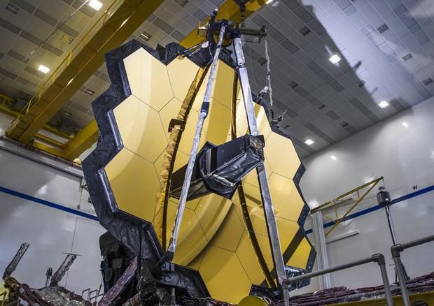 Il 18 dicembre il lancio del telescopio Webb, successore Hubble