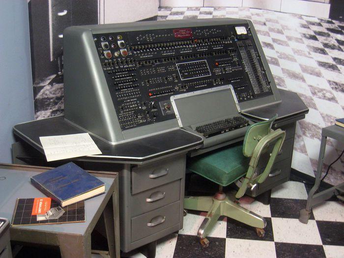 Compie 70 anni il primo computer commerciale, 10 curiosità per capirne la portata rivoluzionaria