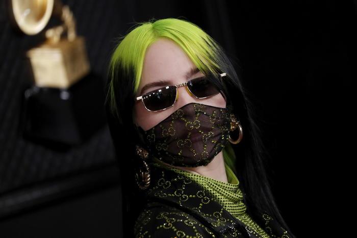 mascherina anti virus alla moda