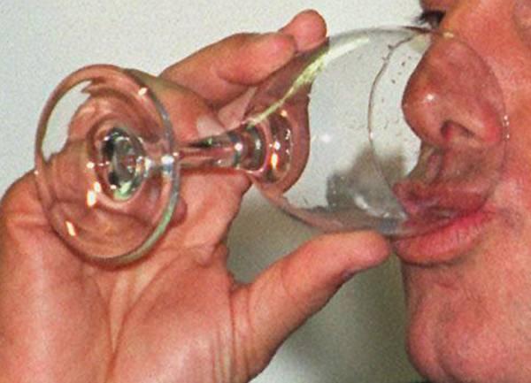 Chi cresce sottile e le bevande ormonali