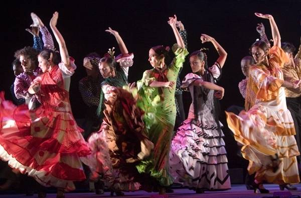 a siviglia per la biennale di flamenco in europa in